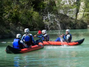 Canoa por rapidos cerca de Jaca
