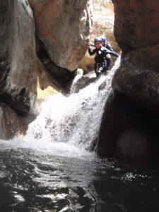 Descenso de Barrancos con niños Ur Pirineos