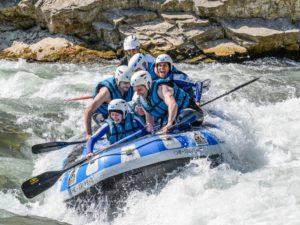 Rafting con rapidos