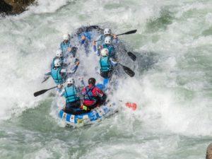 Rafting deporte de aventura Zaragoza
