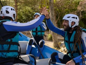 Preparados para hacer Rafting en Murillo de Gallego