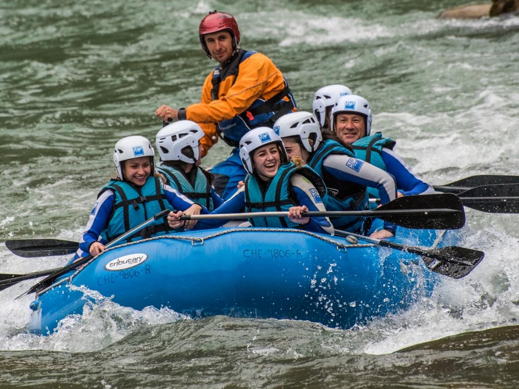 Rafting en familia en el Pirineo