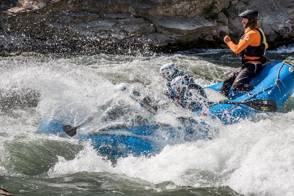 Adrenalina y rafting en primavera en Murillo de Gallego