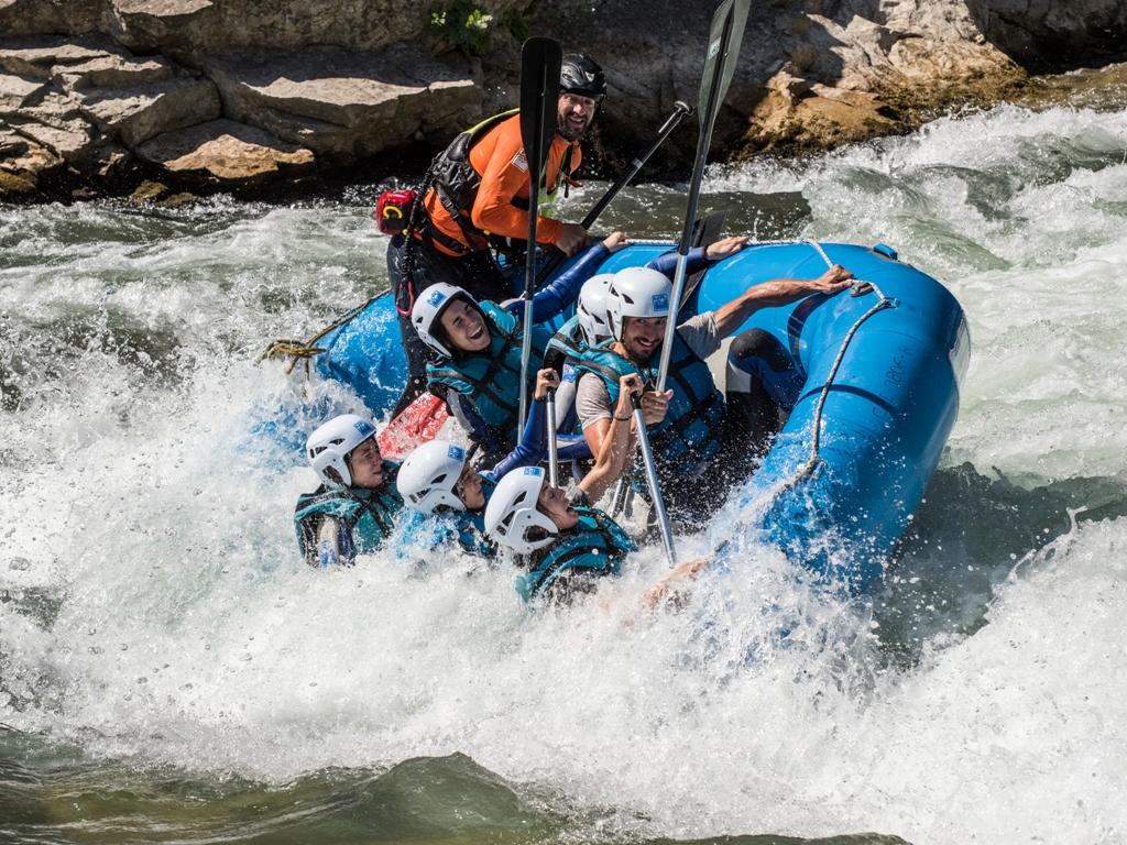 Oferta rafting Ayerbe UR Pirineos