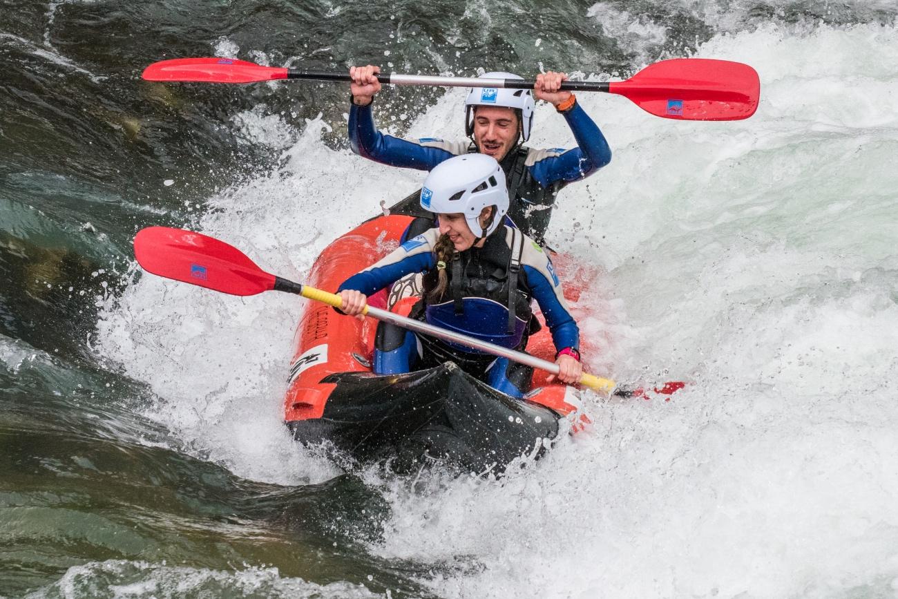 kayak-y-canoa-en-apreja-en-murillo-de-gallego-deportes-de-aventura-con-ur-pirineos_Fotor
