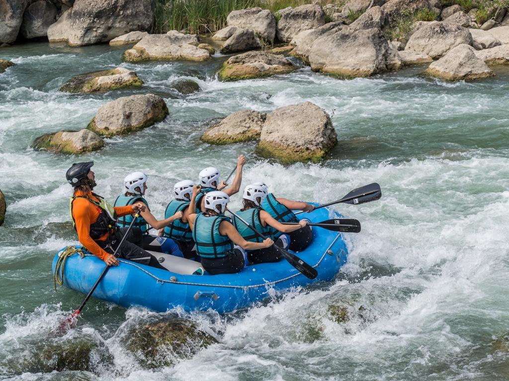 1 Aventura y rafting en Murillo de Gallego Pre Pirineo de Huesca - deporte de aventura en verano