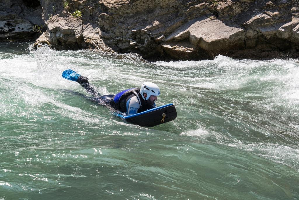 Actividad de rio en verano huesca hidrospeed UR pirineos