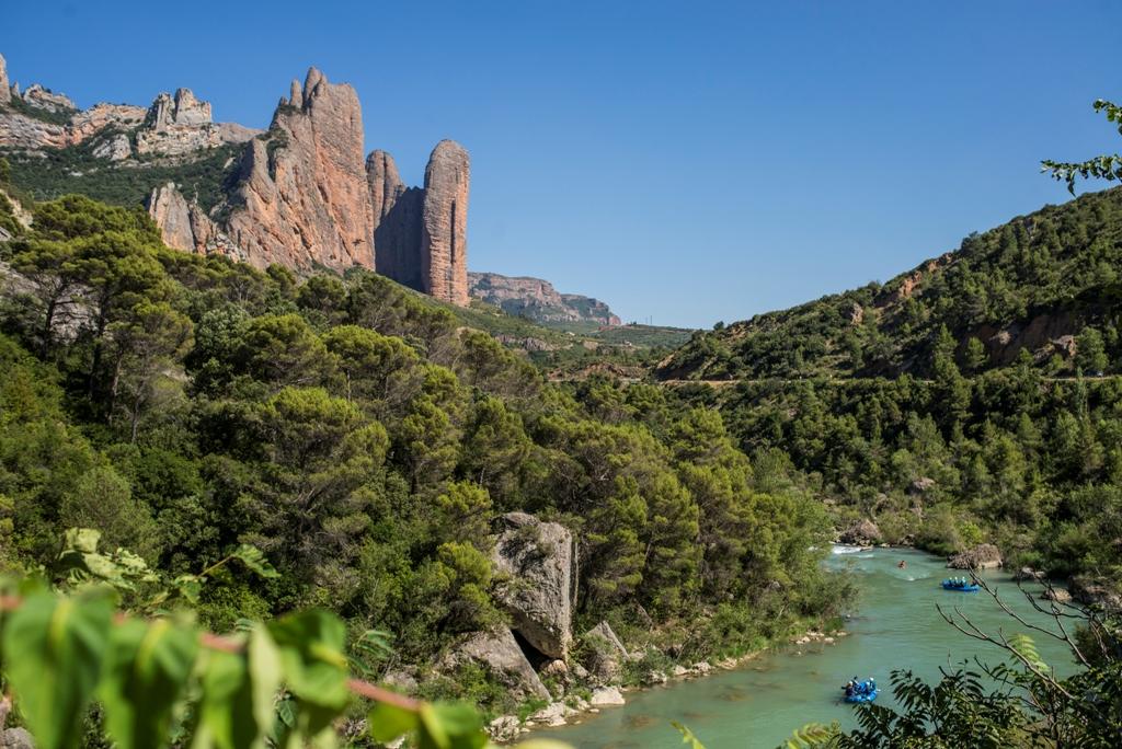 Rio gallego y rafting con UR Pirineos actividad de aventura