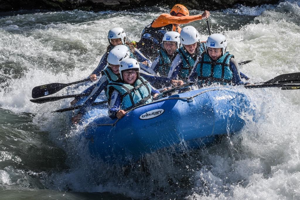 disfruta del rafting en el Puente del Pilar UR pirineos murillo de gallego zaragoza