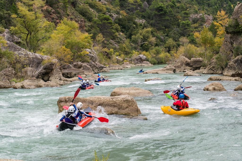 kayak en el rio gallego UR Pirineos