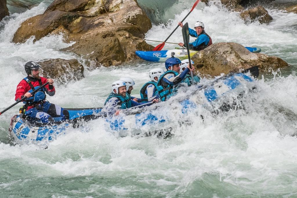 Rafting en primavera en Zaragoza con UR Pirineos
