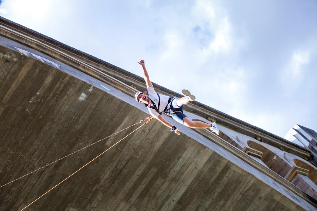 Deporte de riesgo y adrenalina - foto lolo Franco Locura de vida - UR pirineos Zaragoza